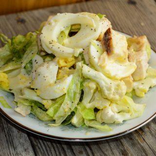 Luscious Lettuce Salad in a Jar