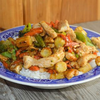 6-Ingredient Chicken Stir Fry