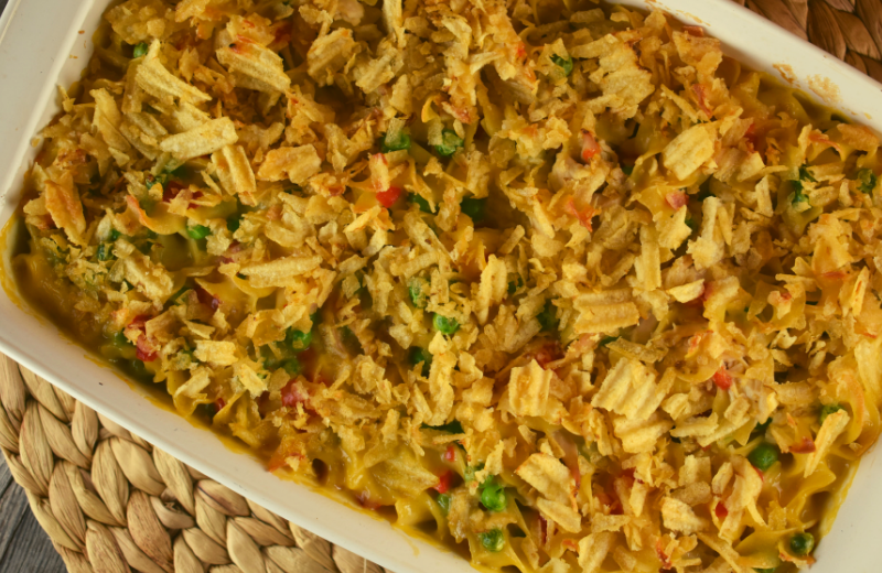 This classic chicken noodle casserole with a crunchy potato chip topping will take you right back to your childhood. Easy Chicken Noodle Casserole with Potato Chips is quick and simple, and your family will give it two thumbs up.