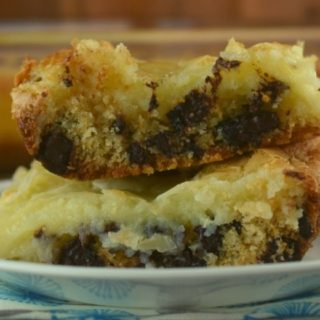 As if Gooey Butter Cake isn't absolutely amazing on it's own, adding chocolate chips takes it to a whole new level.  Chocolate Chip Cake Mix Gooey Bars is the perfect dessert for those of your searching for decadence.