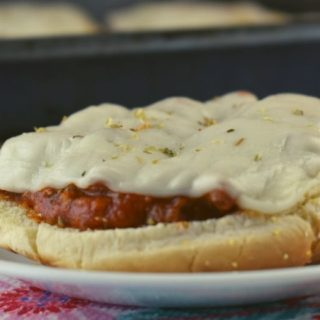 Some nights, you need a no-fuss dinner that comes together in a pinch. Quick and Easy Pizza Buns can be made in a matter of minutes or can be made ahead and put in the oven frozen.